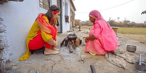 Women in India making Chai